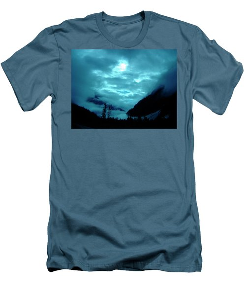 Men's T-Shirt (Slim Fit) featuring the photograph Sunday Morning by Jeremy Rhoades