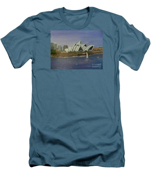 Sydney Opera House Men's T-Shirt (Athletic Fit)