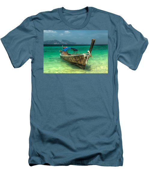 Thai Boat  Men's T-Shirt (Athletic Fit)