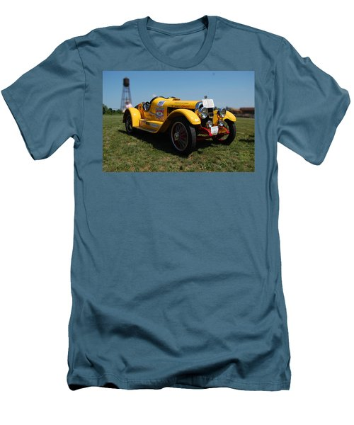 The Mercer Raceabout Roadster Men's T-Shirt (Athletic Fit)