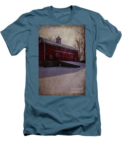 Men's T-Shirt (Slim Fit) featuring the photograph Tinicum Barn In Winter by Debra Fedchin