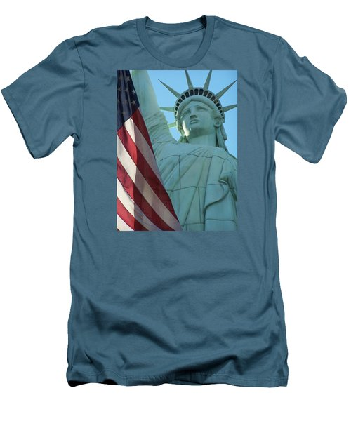 United States Of America Men's T-Shirt (Athletic Fit)