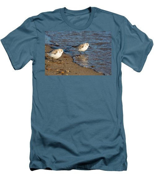 Wading Sanderlings Men's T-Shirt (Athletic Fit)