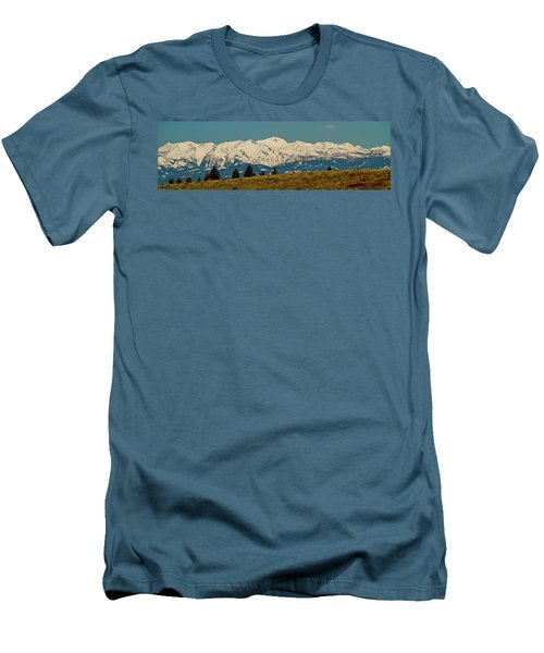 Wallowa Mountains Oregon Men's T-Shirt (Athletic Fit)