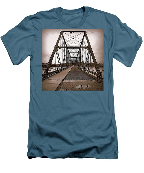 Walnut Street Bridge Men's T-Shirt (Athletic Fit)