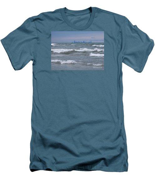 Windy City Skyline Men's T-Shirt (Athletic Fit)
