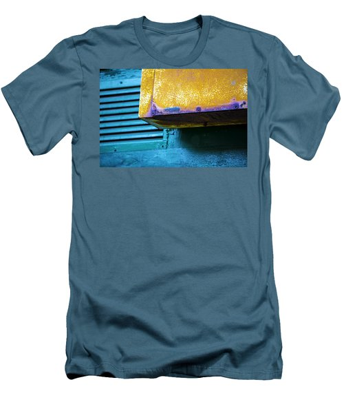 Yellow-blue Abstract Men's T-Shirt (Athletic Fit)