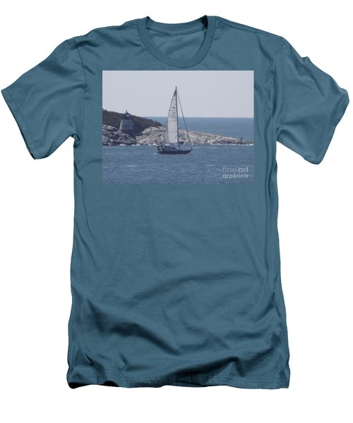 Coastal Newport Ri  Men's T-Shirt (Athletic Fit)