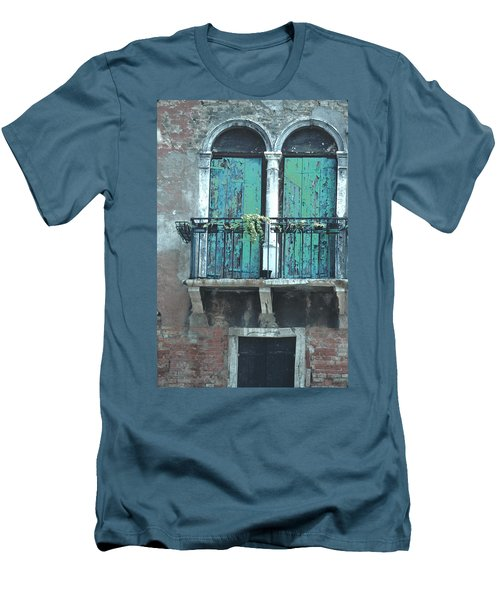 Weathered Venice Porch Men's T-Shirt (Slim Fit) by Tom Wurl