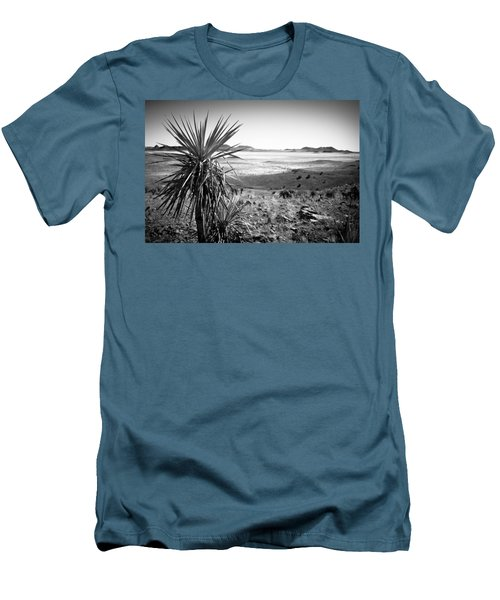 Yucca With A View Men's T-Shirt (Athletic Fit)
