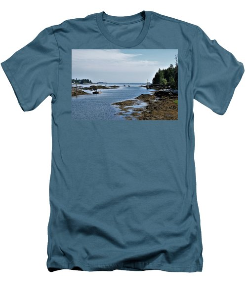 Coastal Maine Men's T-Shirt (Slim Fit)
