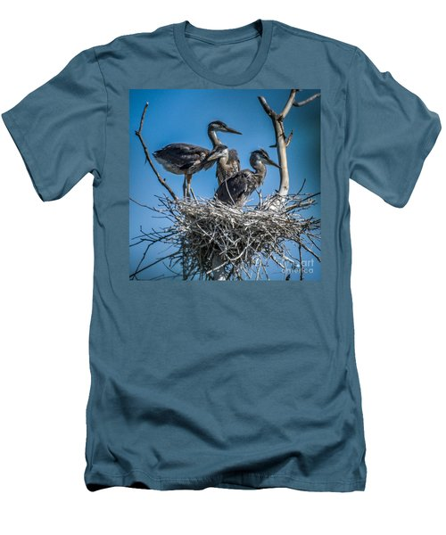 Great Blue Heron On Nest Men's T-Shirt (Athletic Fit)