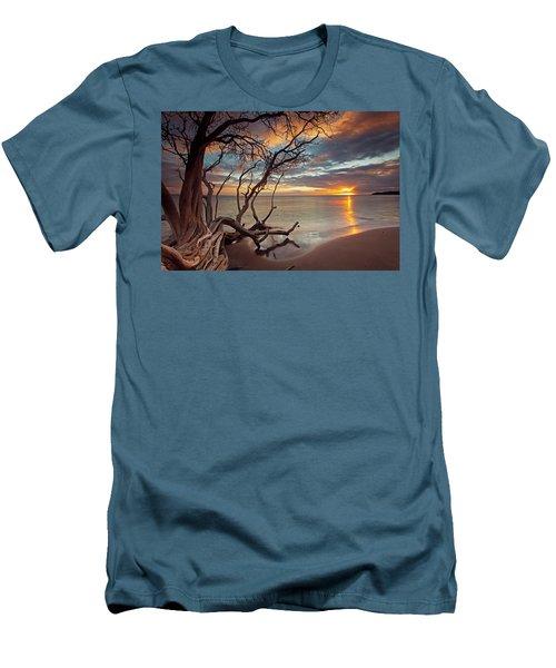 Maui Magic Men's T-Shirt (Athletic Fit)