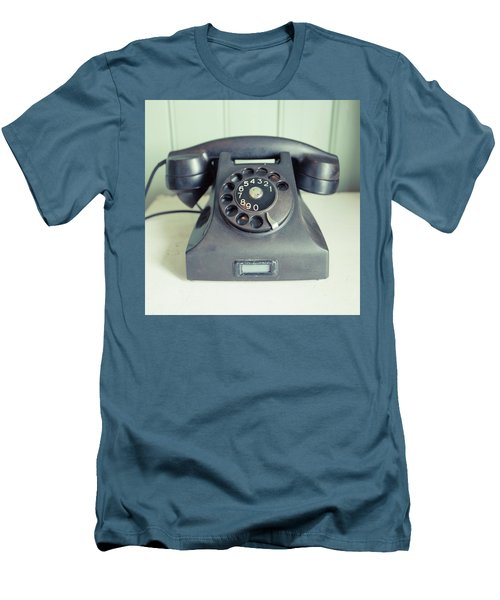 Old Telephone Square Men's T-Shirt (Athletic Fit)