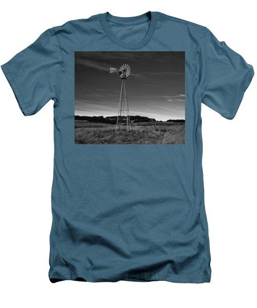 Santa Rosa Plateau Windmill Men's T-Shirt (Athletic Fit)