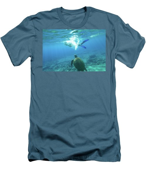 Snorkeler Female Sea Turtle Men's T-Shirt (Athletic Fit)