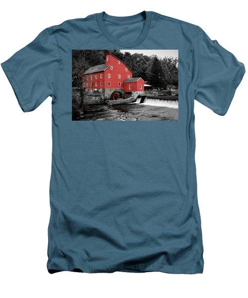 The Clinton Mill Men's T-Shirt (Athletic Fit)