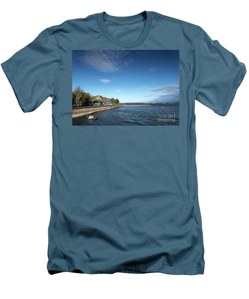 Waterside Restaurant Cafe In Famous Kaivopuisto Park Helsinki Fi Men's T-Shirt (Athletic Fit)