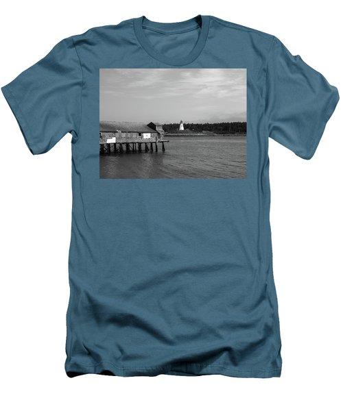Lubec, Maine Men's T-Shirt (Athletic Fit)