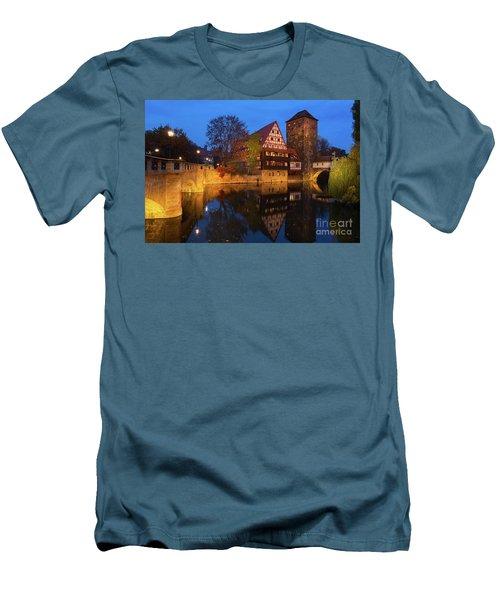 Nuremberg At Night Men's T-Shirt (Athletic Fit)