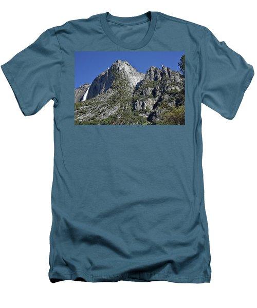 Upper Yosemite Falls Men's T-Shirt (Athletic Fit)