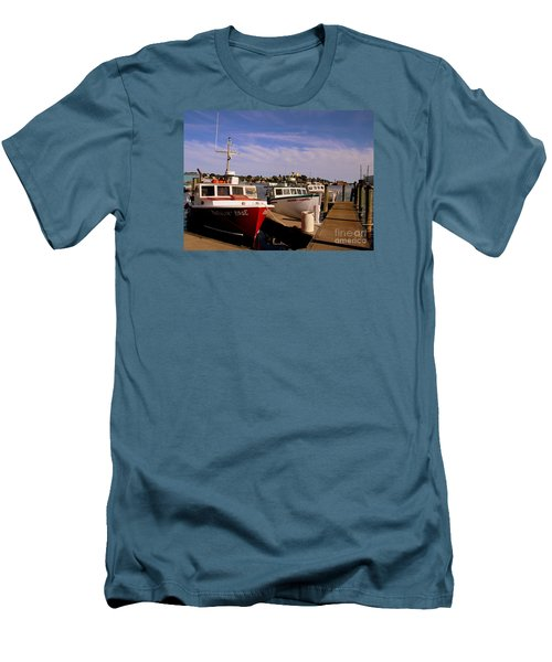 Lobster Boats Men's T-Shirt (Athletic Fit)