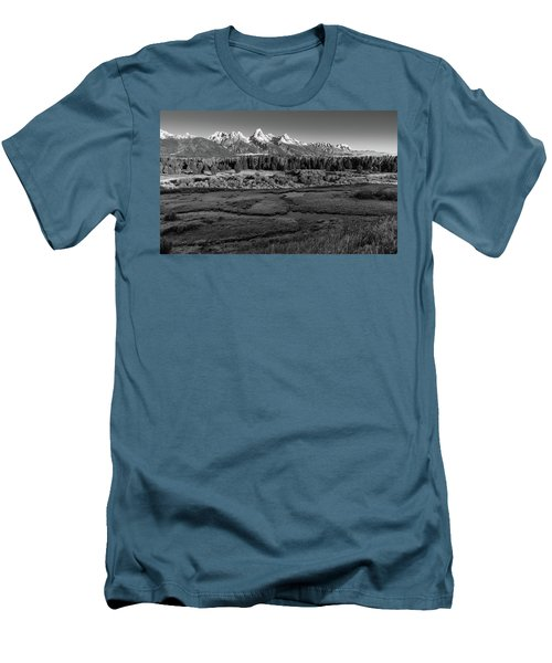 A Perfect Frosty Morning In Grey Scale Men's T-Shirt (Athletic Fit)
