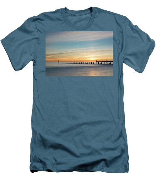 Aberdeen Beach Sunrise Men's T-Shirt (Athletic Fit)
