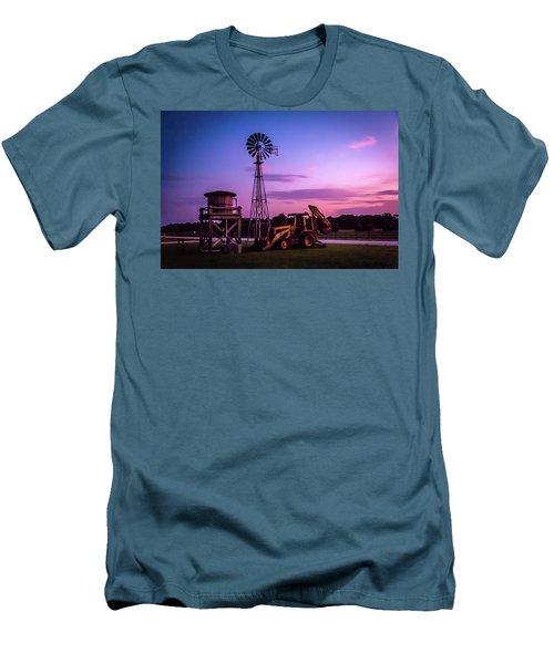 Aeromotor Windmill Men's T-Shirt (Athletic Fit)
