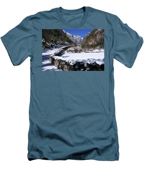 Annapurna Circuit Trail Men's T-Shirt (Slim Fit) by Aidan Moran