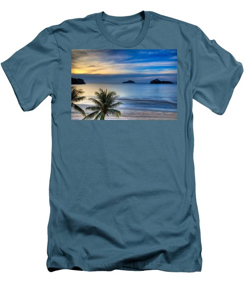 Ao Manao Bay Men's T-Shirt (Slim Fit) by Adrian Evans