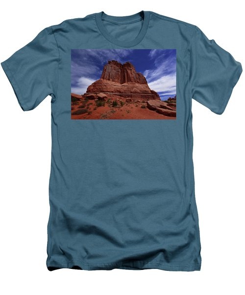 Arches Scene 2 Men's T-Shirt (Slim Fit)