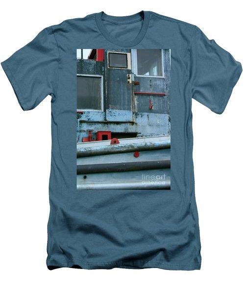 Astoria Ship Men's T-Shirt (Athletic Fit)