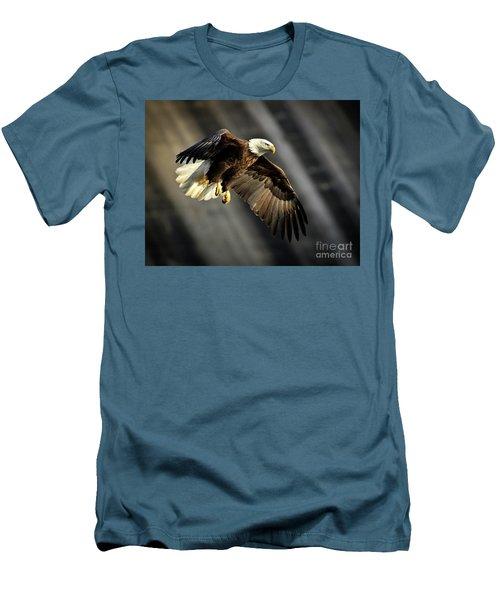 Bald Eagle Prepares To Dive Men's T-Shirt (Athletic Fit)