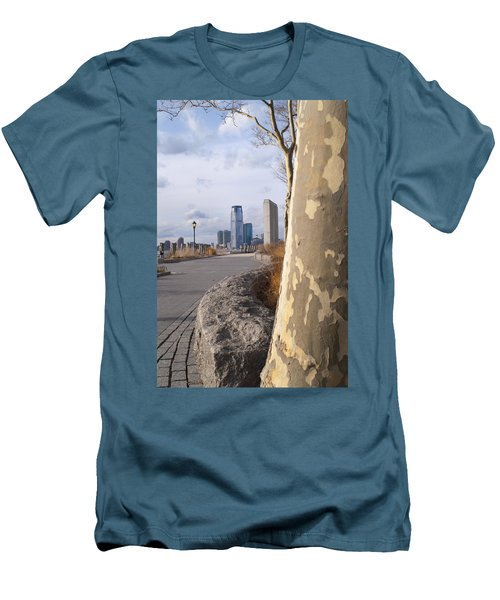 Battery Park Men's T-Shirt (Slim Fit) by Henri Irizarri