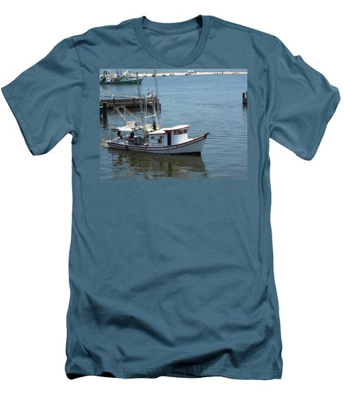 Bilouxi Shrimp Boat Men's T-Shirt (Slim Fit) by Cynthia Powell