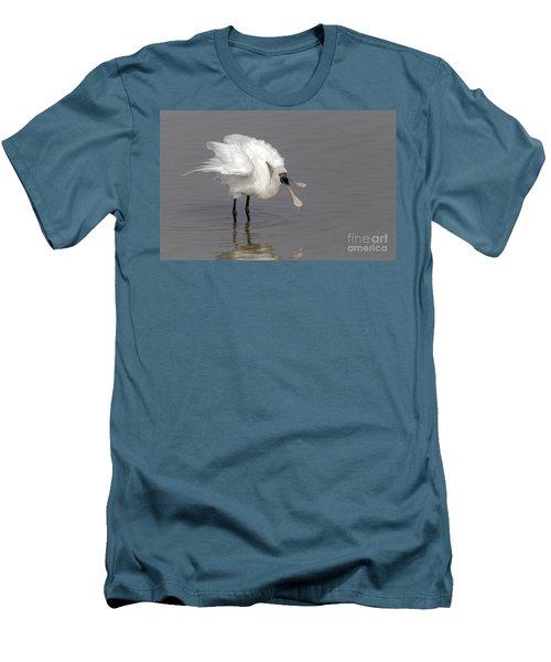 Black-faced Spoonbill Men's T-Shirt (Slim Fit) by Martin Hale/FLPA