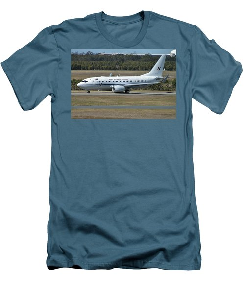 Boeing 737-7dt Men's T-Shirt (Slim Fit) by Tim Beach