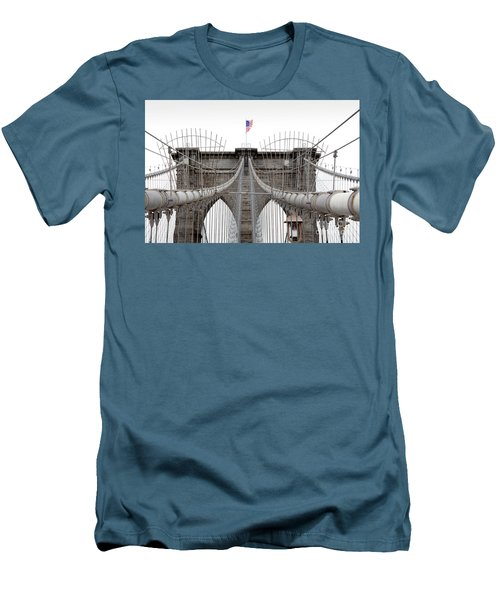 Brooklyn Bridge Top Men's T-Shirt (Athletic Fit)