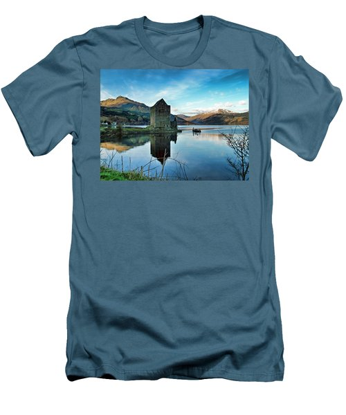 Castle On The Loch Men's T-Shirt (Athletic Fit)