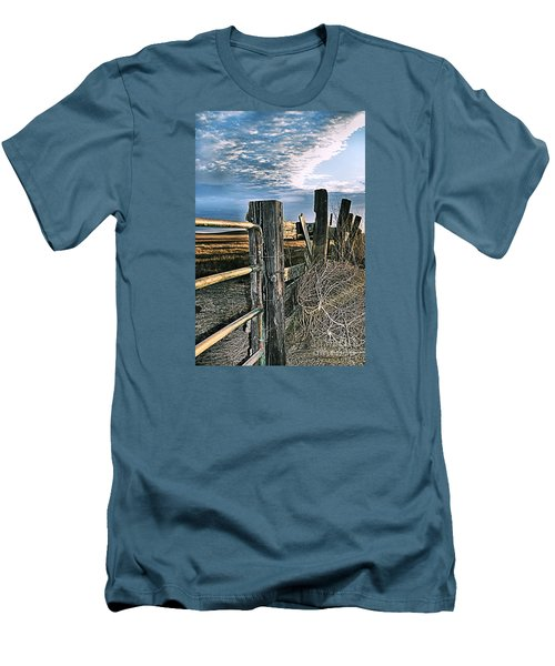 Caught A Tumbleweed Men's T-Shirt (Athletic Fit)