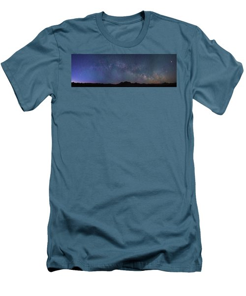Center Of The Milky Way Over The Badlands Men's T-Shirt (Athletic Fit)