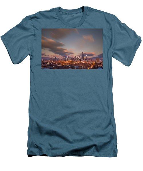 Chicago Dusk Men's T-Shirt (Athletic Fit)