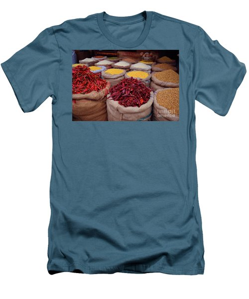 Chilliy Peppers Men's T-Shirt (Athletic Fit)