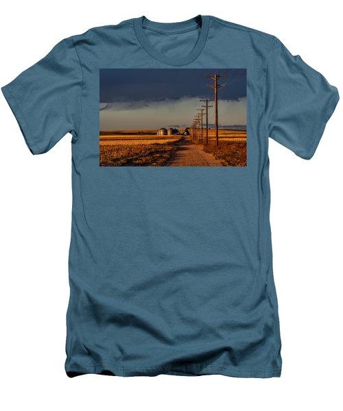 Colorado Farm Sunset Men's T-Shirt (Athletic Fit)