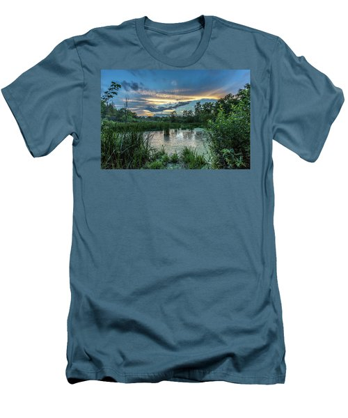 Columbia Marsh Sunset Men's T-Shirt (Athletic Fit)