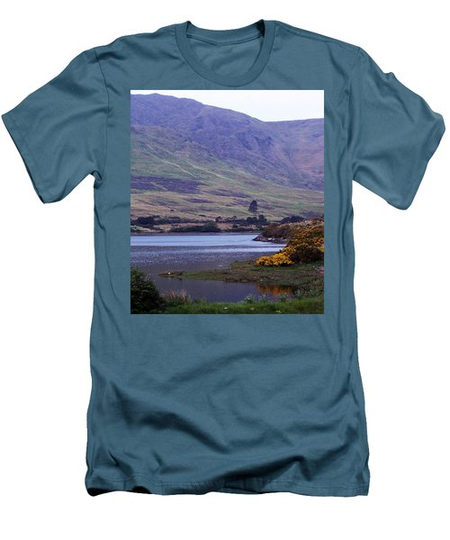 Connemara Leenane Ireland Men's T-Shirt (Athletic Fit)