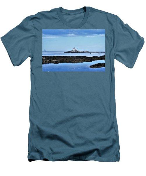 Cuckholds Light Men's T-Shirt (Slim Fit)