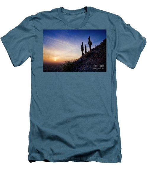 Days End In The Desert Men's T-Shirt (Athletic Fit)
