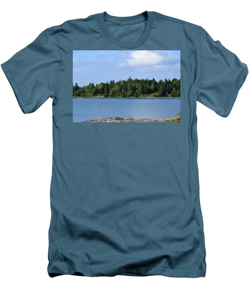 Deer Isle, Maine No. 5 Men's T-Shirt (Athletic Fit)